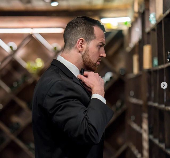 Love Is Blind favorite Cameron Hamilton prepares for his wedding day.