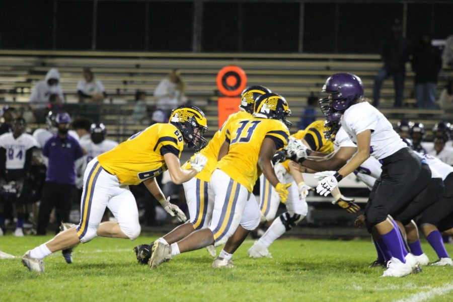 Hylanders faced off head to head on Friday, October 8 with the Brooklyn Center Centaurs.